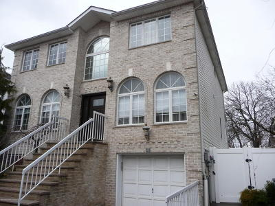 Staten Island Two Family Home For Sale: 15 Sapphire Court