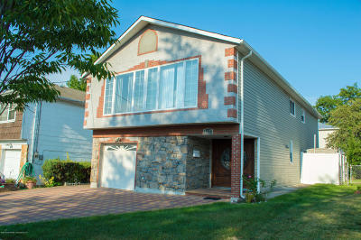 Staten Island NY Single Family Home For Sale: $838,000