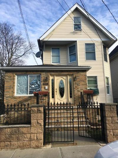 Staten Island Single Family Home For Sale: 1123 Forest Avenue