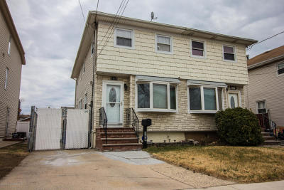 Semi-Attached For Sale: 144 Hett Avenue