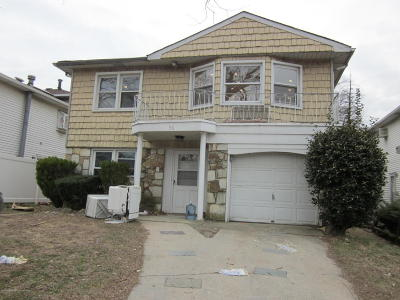 Staten Island NY Two Family Home For Sale: $968,000