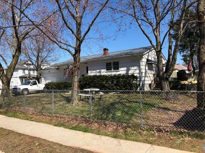 Staten Island Single Family Home For Sale: 81 Haughwout Avenue