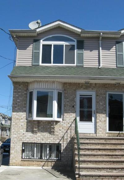 Staten Island Single Family Home For Sale: 60 Lyceum Court