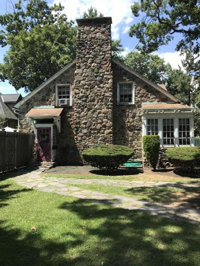 Single Family Home For Sale: 40 Columbia Avenue