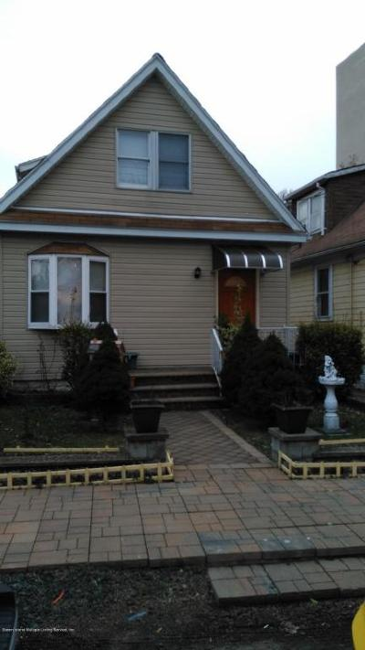 Staten Island Single Family Home For Sale: 26 Martineau Street