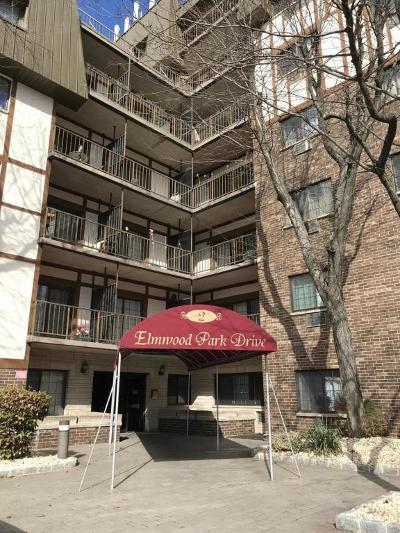 Condo/Townhouse For Sale: 2 Elmwood Park Drive #615
