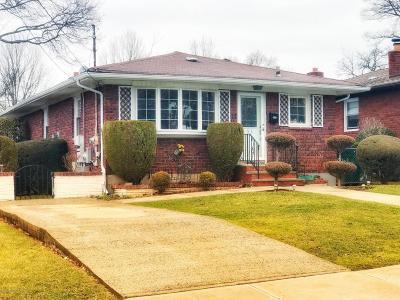Single Family Home For Sale: 53 Natick Street