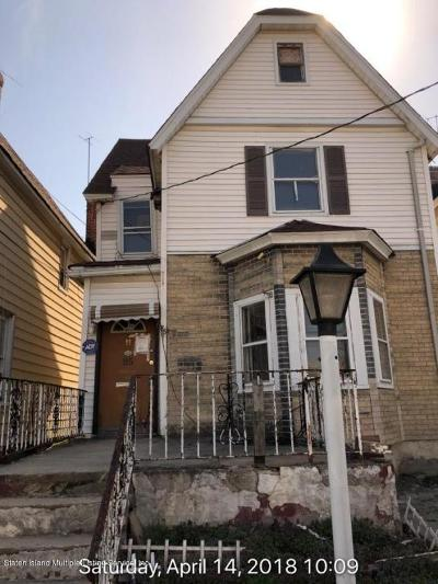 Staten Island Single Family Home For Sale: 85 Sharpe Avenue