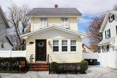 Staten Island Single Family Home For Sale: 84 Winthrop Place