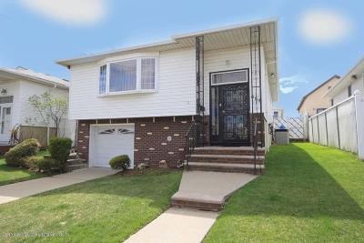Staten Island Single Family Home For Sale: 664 Sinclair Avenue