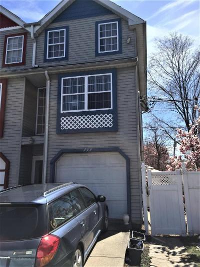 Staten Island Single Family Home For Sale: 139 Mariners Lane