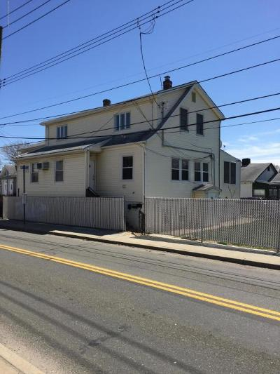 Staten Island NY Multi Family Home For Sale: $650,000