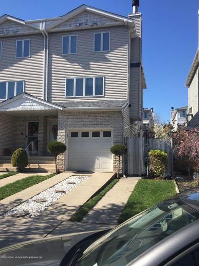 Staten Island NY Semi-Attached For Sale: $639,000