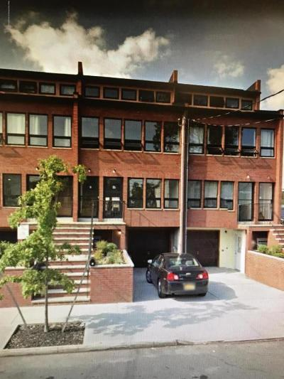 Staten Island Commercial Lease For Lease: 5 Kermit Avenue