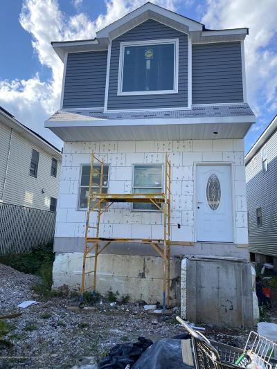 Staten Island Single Family Home For Sale: 291 St. Mary's Avenue