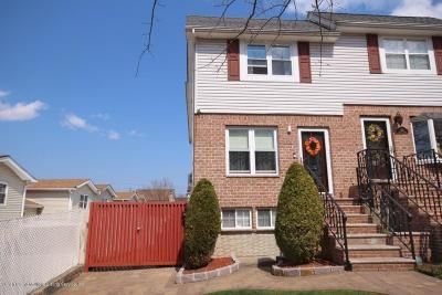 Semi-Attached For Sale: 185 Dahlia Street