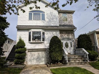Two Family Home For Sale: 135 Hawthorne Avenue