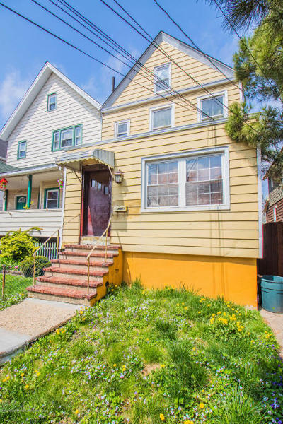 Staten Island Two Family Home For Sale: 34 Simonson Place
