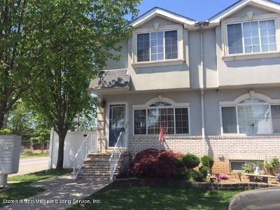 Semi-Attached For Sale: 112 Harris Lane