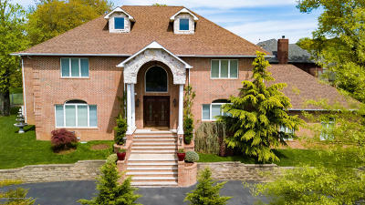 Staten Island NY Single Family Home For Sale: $2,250,000