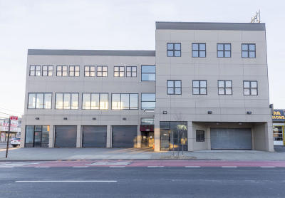 staten island Commercial For Sale: 2000 Hylan Boulevard