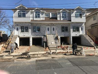 Staten Island Single Family Home For Sale: 1987 Clove Road