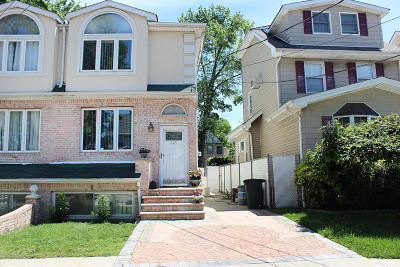 Staten Island Two Family Home For Sale: 345 Sheffield Street