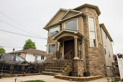 Staten Island Two Family Home For Sale: 616 Ramona Avenue