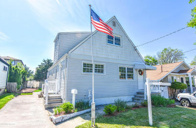 Single Family Home Acceptance: 38 Suffolk Avenue