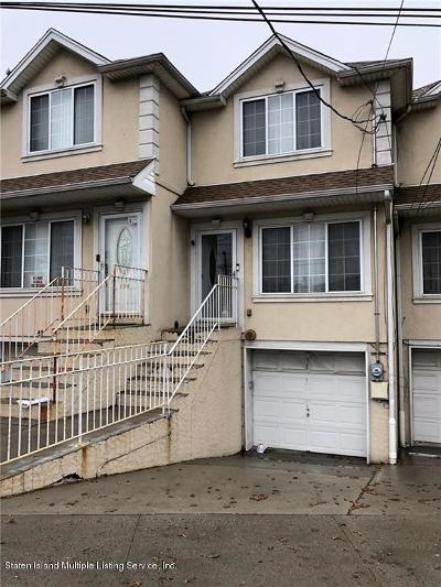 Staten Island NY Single Family Home For Sale: $439,000