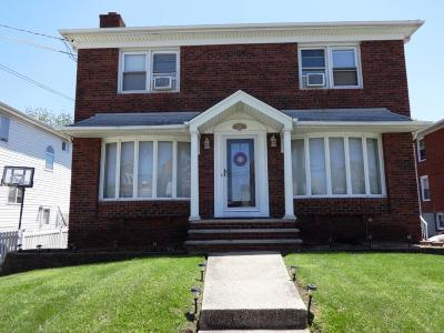 Staten Island Multi Family Home For Sale: 106 Weed Avenue