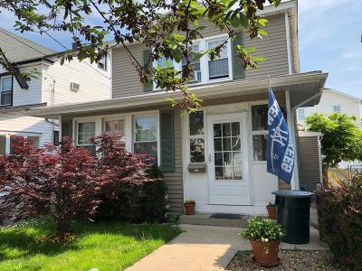 Single Family Home For Sale: 343 Greeley Avenue