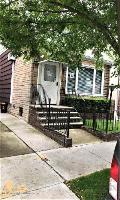 Brooklyn Single Family Home For Sale: 1511 E 2nd Street