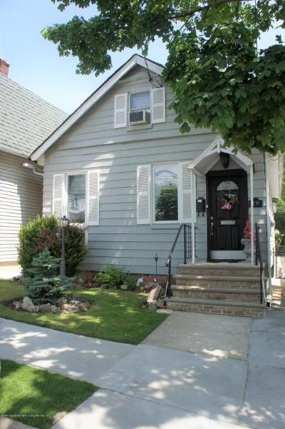Single Family Home For Sale: 19 Midland Avenue