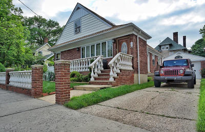 Staten Island Single Family Home For Sale: 135 Norwood Avenue