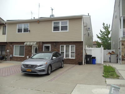 Staten Island Single Family Home Acceptance: 314 Tanglewood Drive