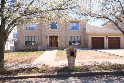 Staten Island Two Family Home For Sale: 332 Edgegrove Avenue