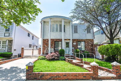 Two Family Home For Sale: 46 Plymouth Road