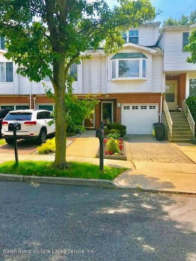 Staten Island NY Single Family Home For Sale: $540,000