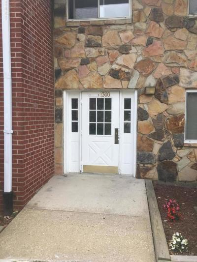 Staten Island NY Condo/Townhouse For Sale: $239,900