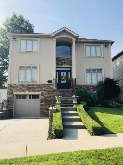 Staten Island Two Family Home For Sale: 197 North Railroad Street