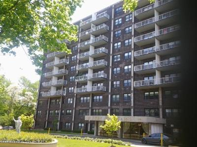 Staten Island Co-op For Sale: 1100 Clove Road #10-M