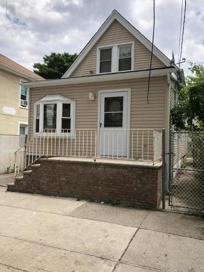 Staten Island Single Family Home For Sale: 164 Roma Avenue