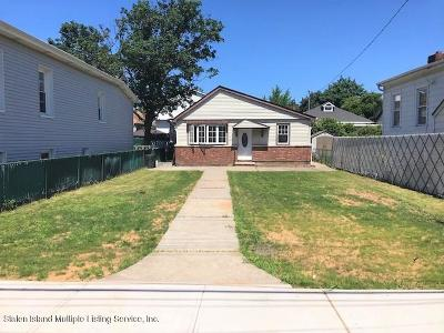 Staten Island Single Family Home For Sale: 21 Winham Ave