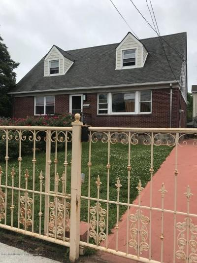 Two Family Home For Sale: 180 Jefferson Avenue