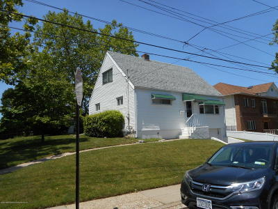 Staten Island Single Family Home For Sale: 264 Elvin Street