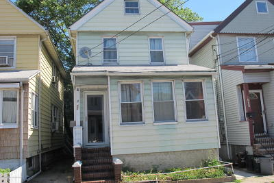 Staten Island Single Family Home For Sale: 1453 Castleton Avenue