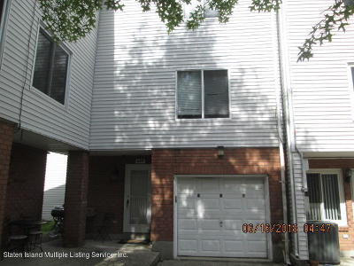 Staten Island Single Family Home For Sale: 237 Ilyssa Way