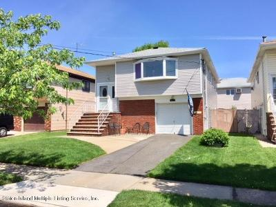 Staten Island Single Family Home For Sale: 671 Sinclair Avenue