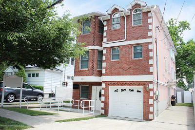 Staten Island Two Family Home For Sale: 364 Edison Street